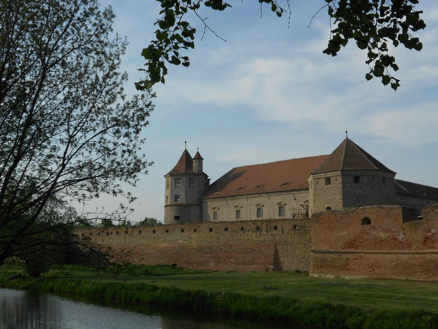 the fortress and moat