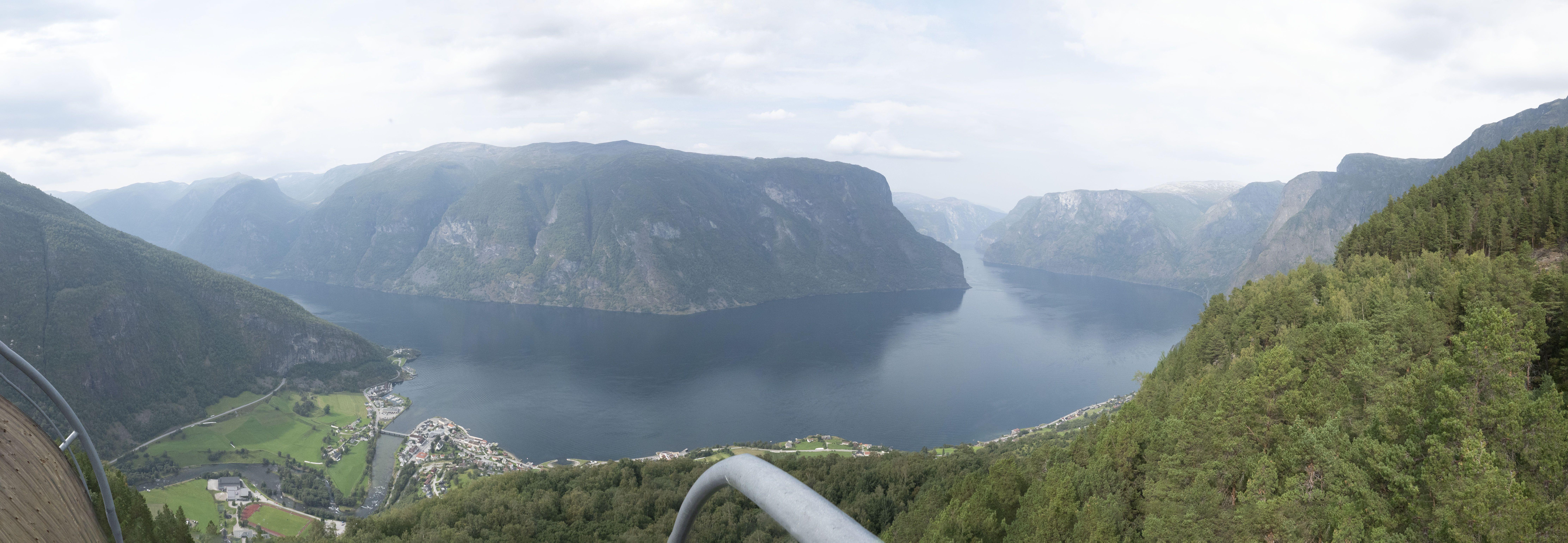 Stegastein panorama view